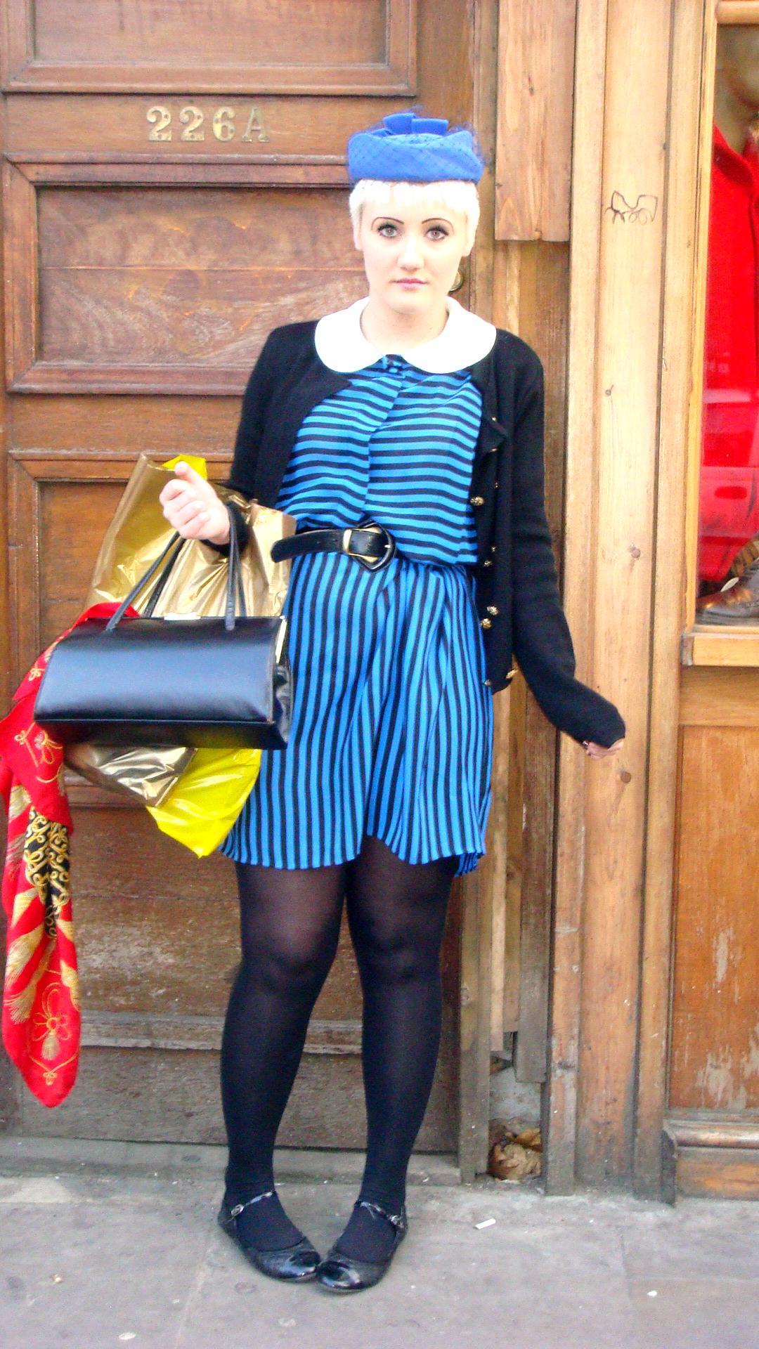 Black & blue (Brick Lane, London)