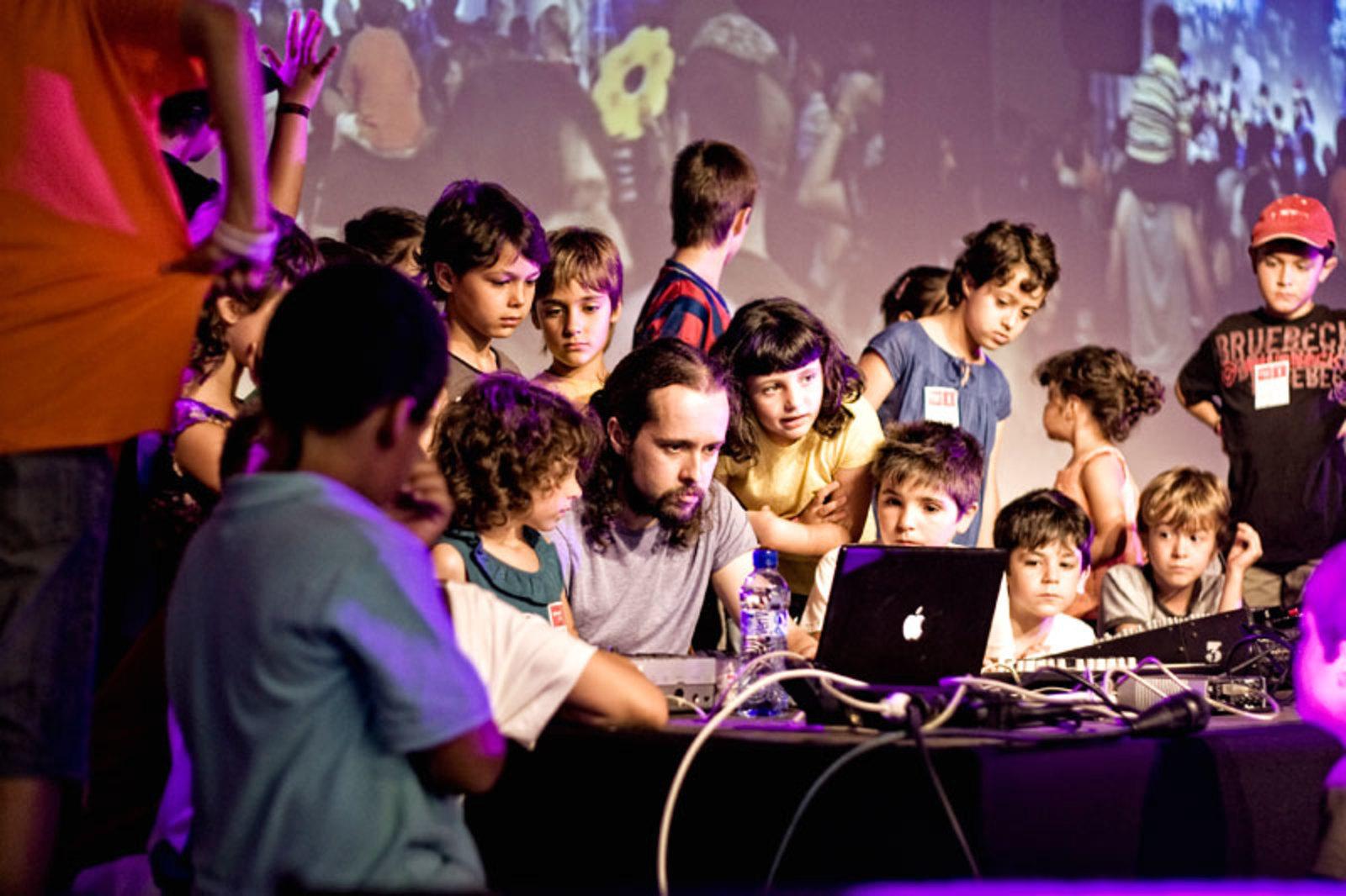 Sonarkids promueve el interés por la música en los niños