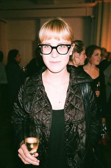 Erase una vez una fashionista pegada a sus gafas…
