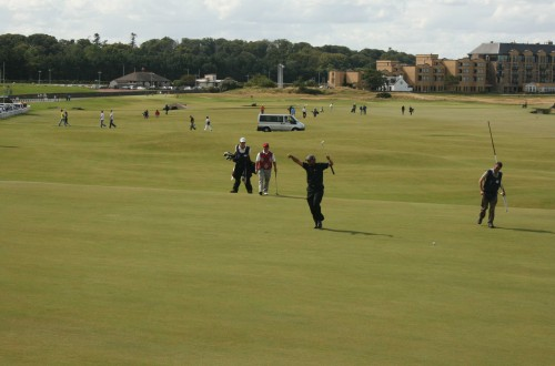Golf code dress (UK)