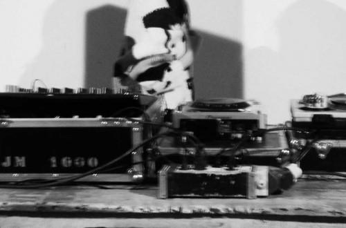 B/W 1 DJ (Madrid)