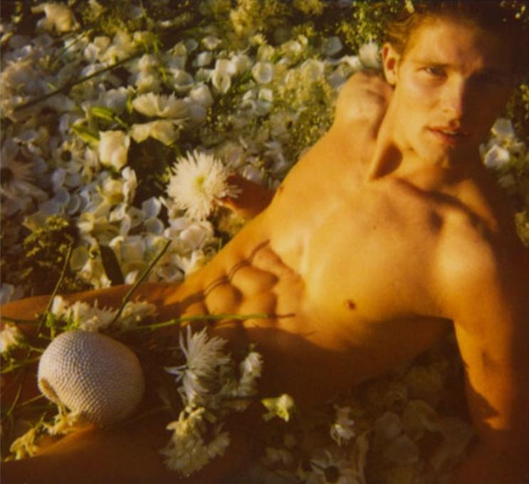 Flores para la tierra del sol naciente