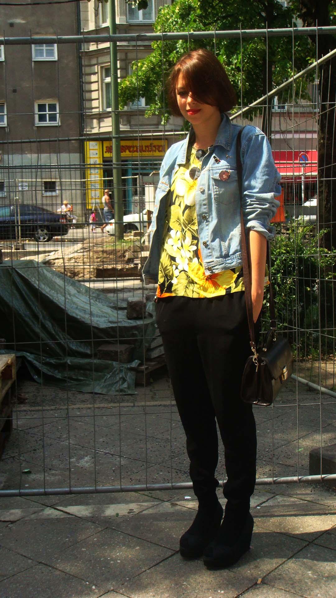 Black shoes (Berlin)