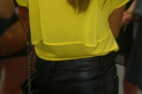 Yellow in black (VLC)