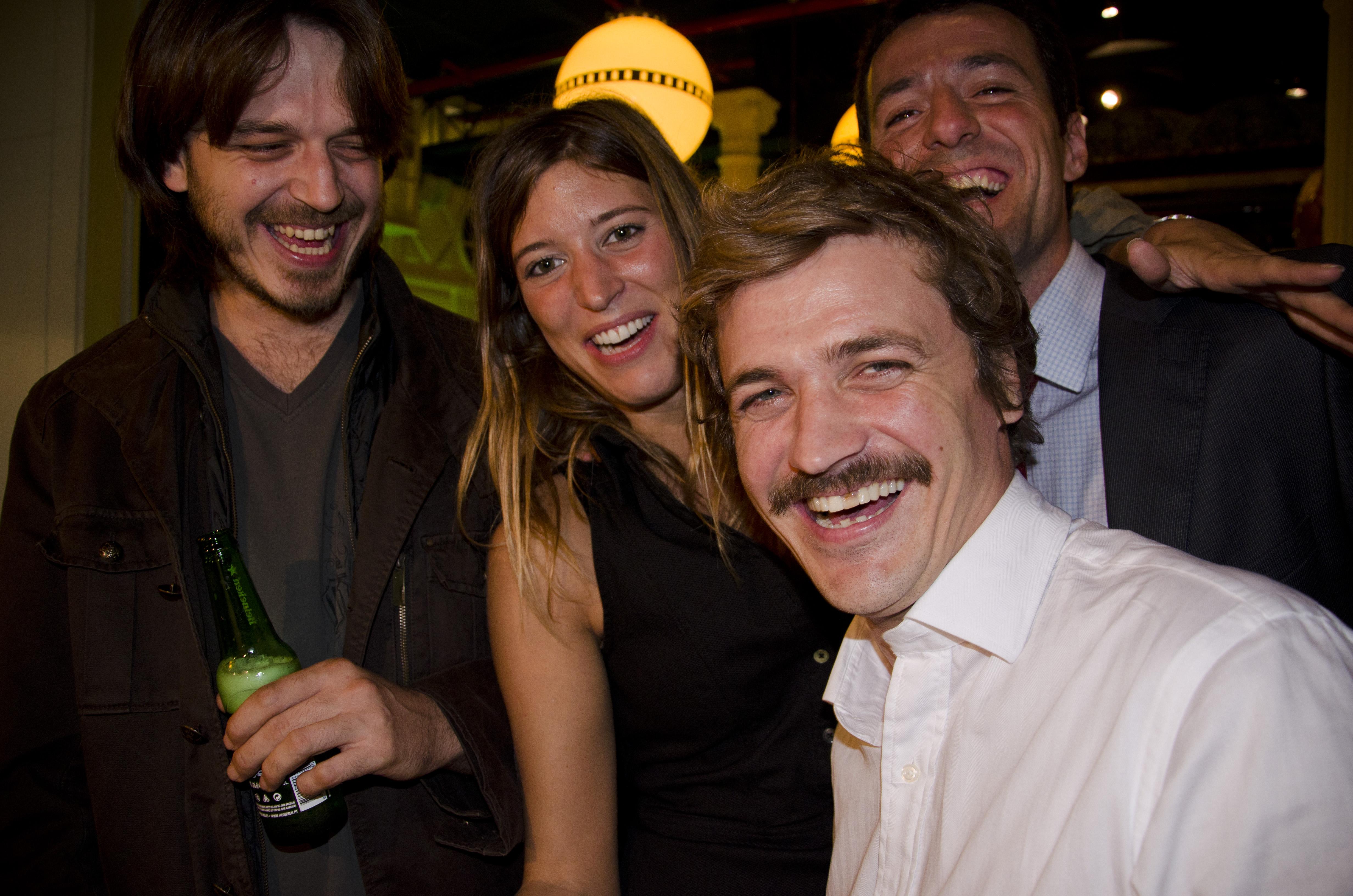 Moustache plas moustache (Bcn)