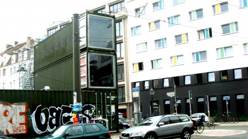 Glass cube house (Mitte, Berlin)