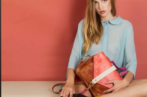 Laura Vela y sus bolsos