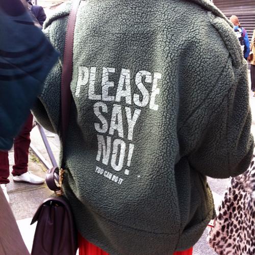 Please say no! (París)