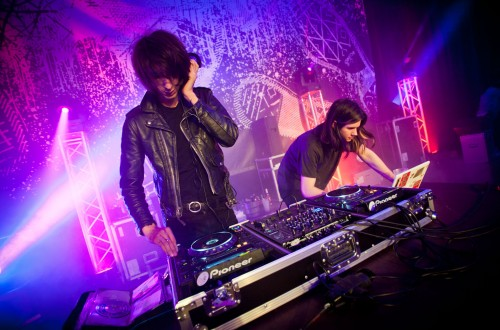 01 The Horrors DJs_Get Dirty Converse_fot Mariano Regidor