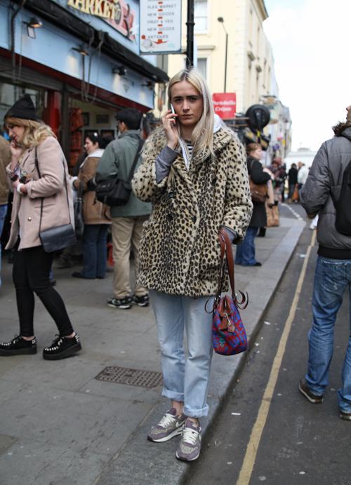 Phone Girl (London)