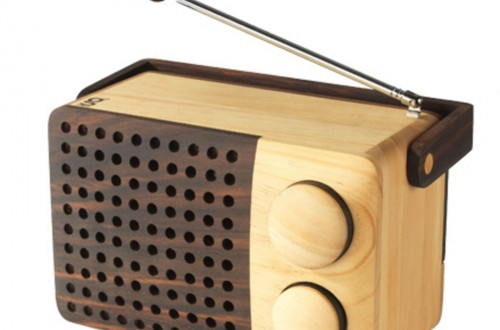 wooden-radio-frei-440