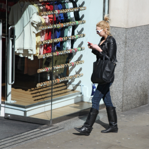 Shopping girl (London)
