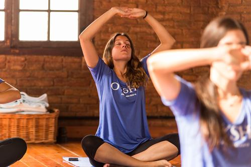 Lauren Imparato clase de yoga