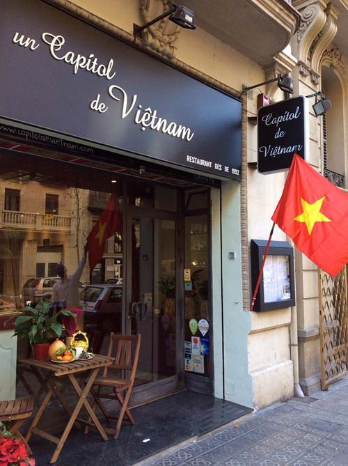 Un Capitol de Vietnam Sopa