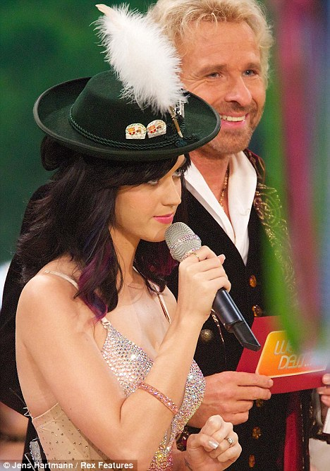 Sombreros con pluma