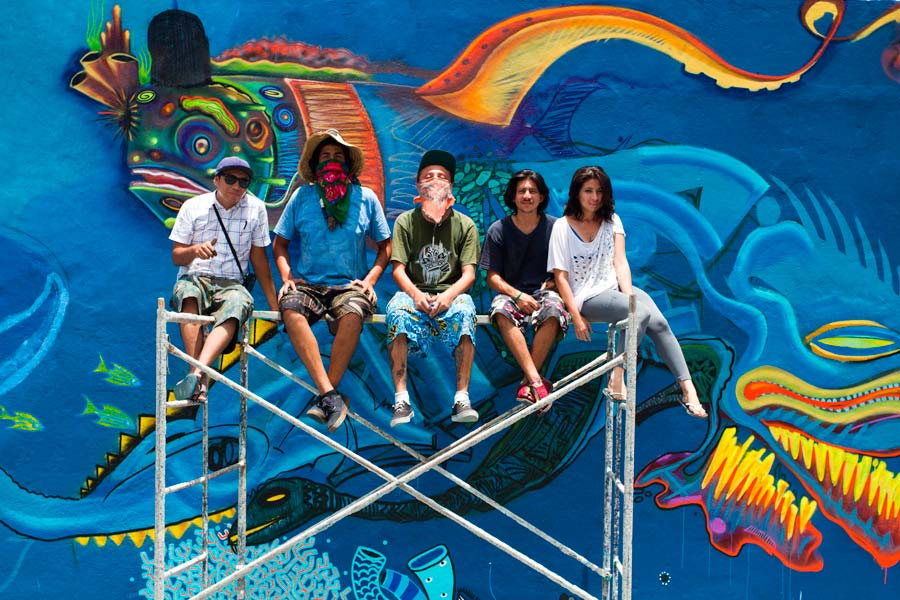 Sea Walls: Murals for Oceans