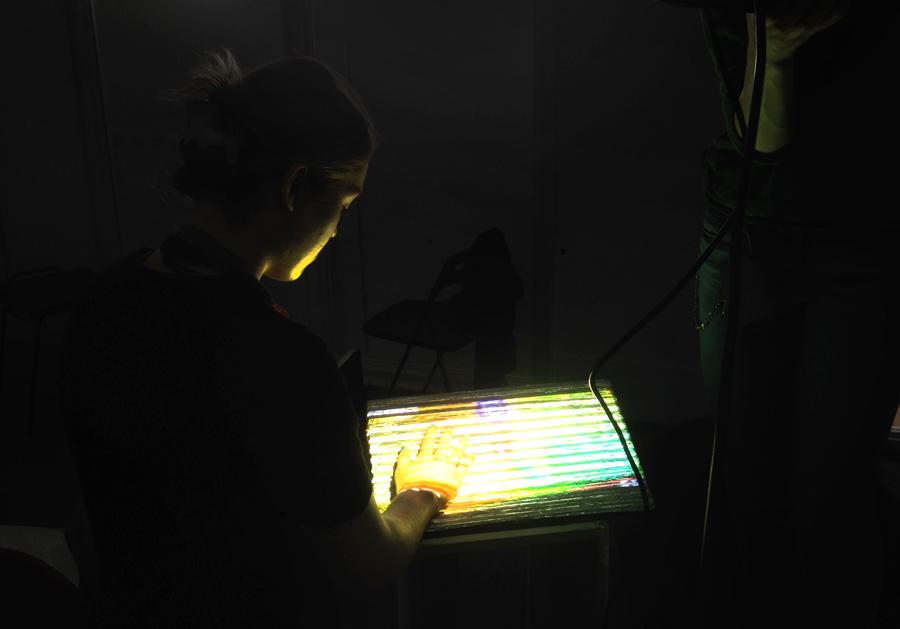 absolut-darkness-sonar_AbsoluteRelative14