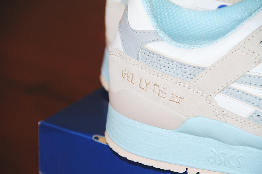 asics blue agate-011