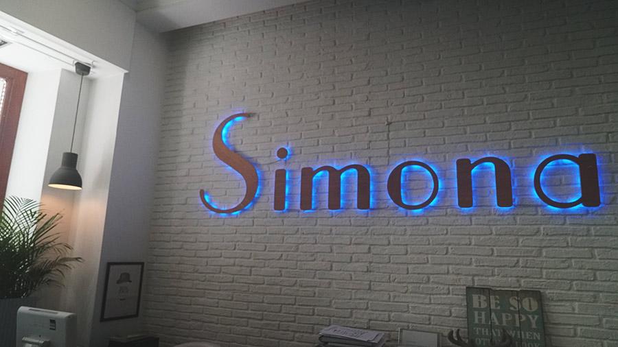 simona-04