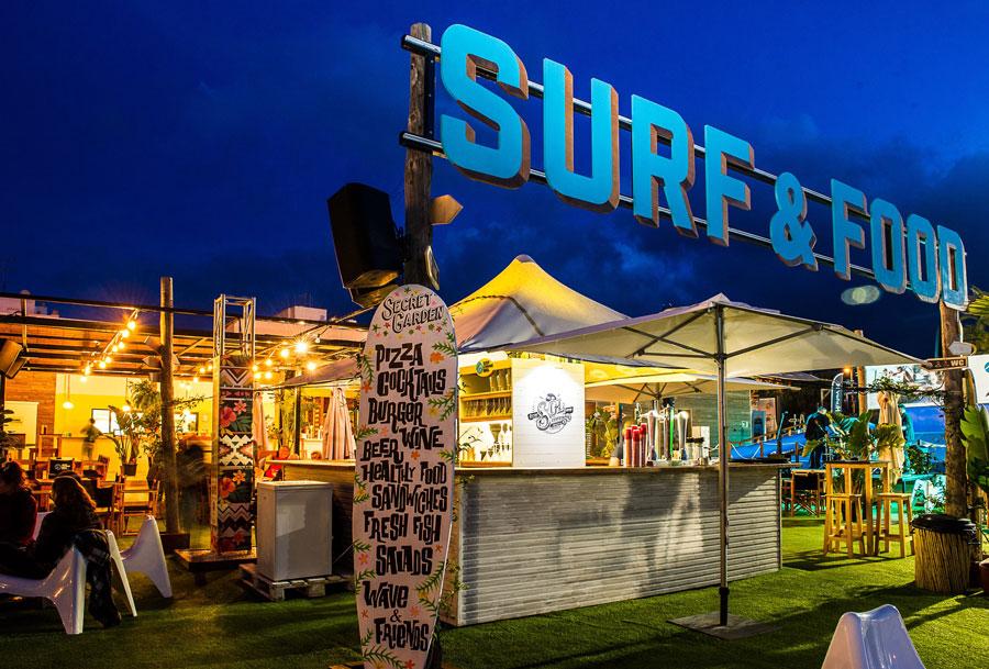¡Sorteo! Sesión de surf y cena para dos en Surf Lounge Ibiza