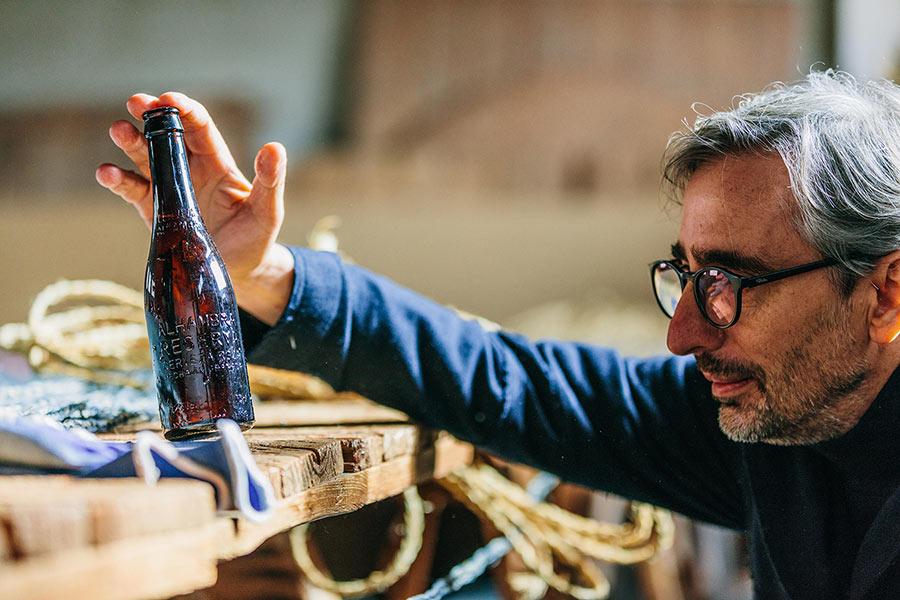 martin azua cervezas alhambra