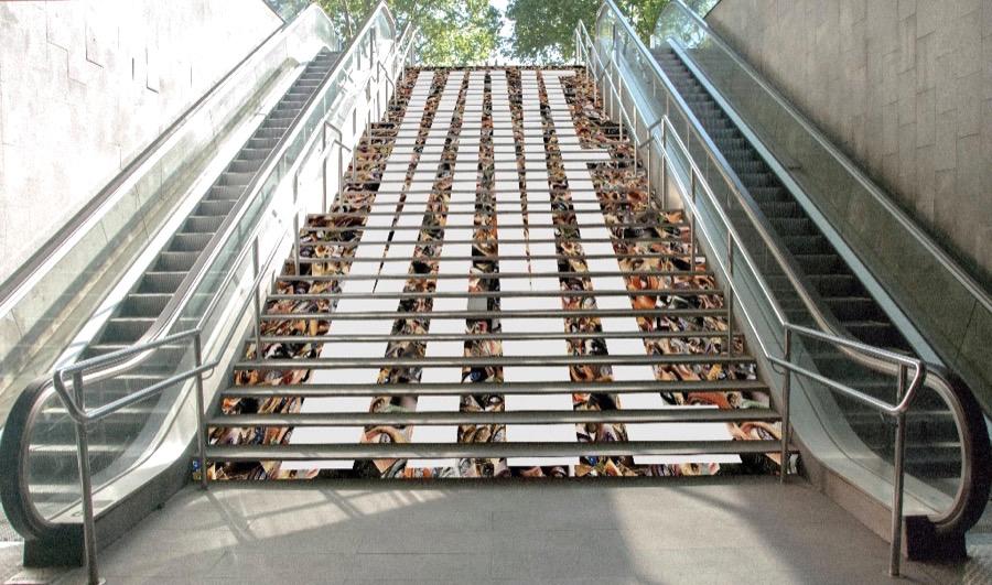 Arte en el metro de Barcelona #SwabStairs