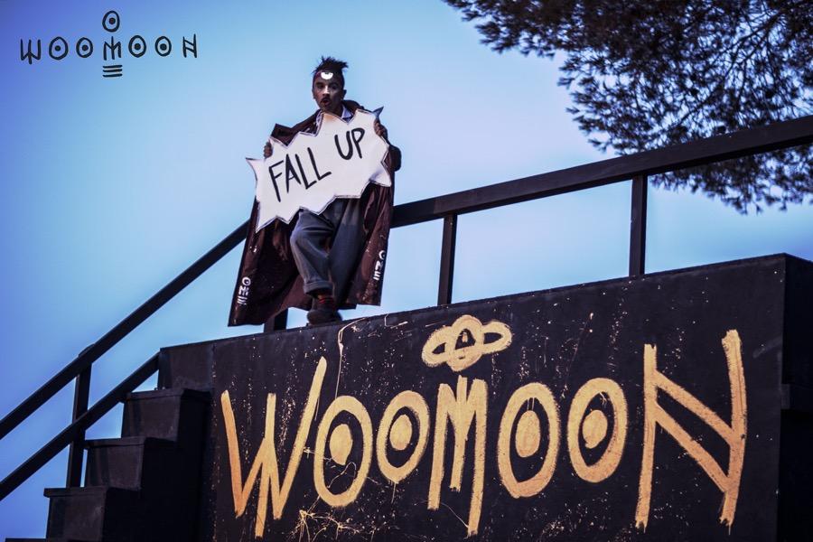 Woomoon fiesta cova santa