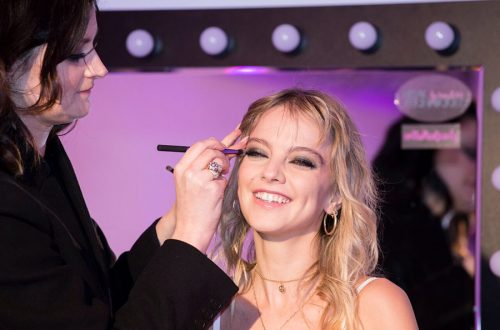 Laura Hayden se maquilla con Real Techniques