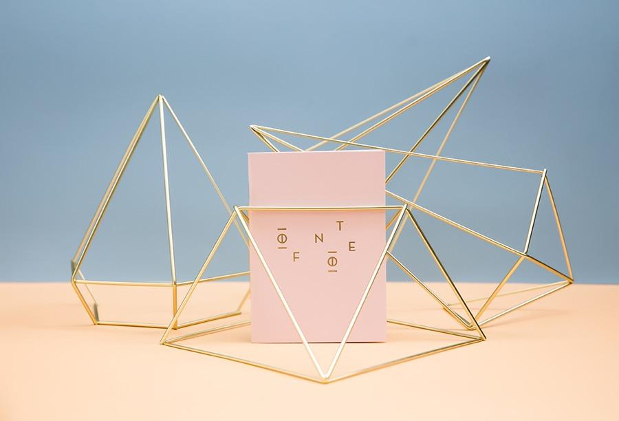 Papelería de diseño paraamantes de la cultura visual