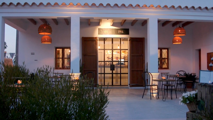 El restaurante Can Mussonet, una historia familiar en Ibiza