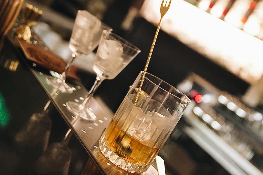 Mona Gallosi bartender
