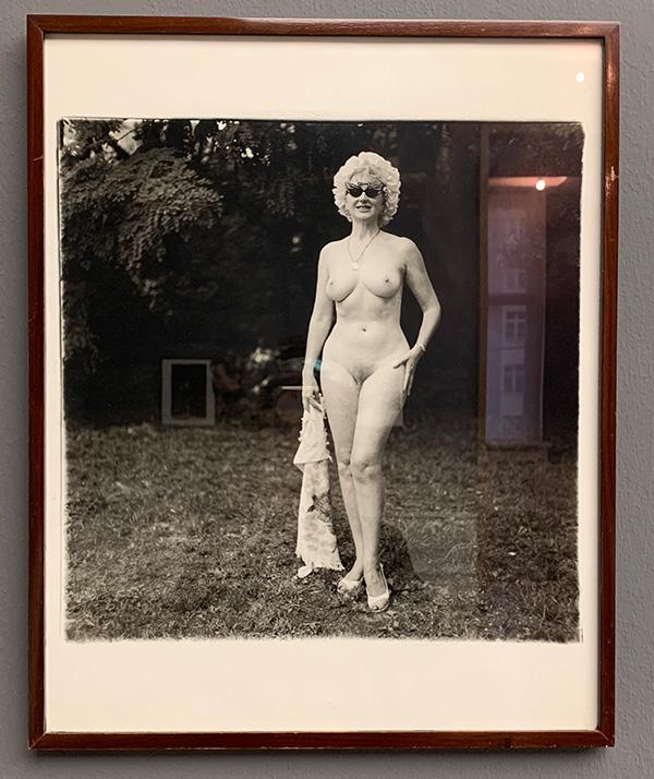 helmut newton exposicion berlin sensualidad femenina