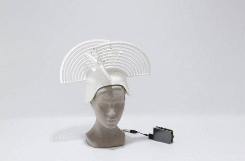 Un wearable sombrero para hacer un directo audiovisual · Radiorator