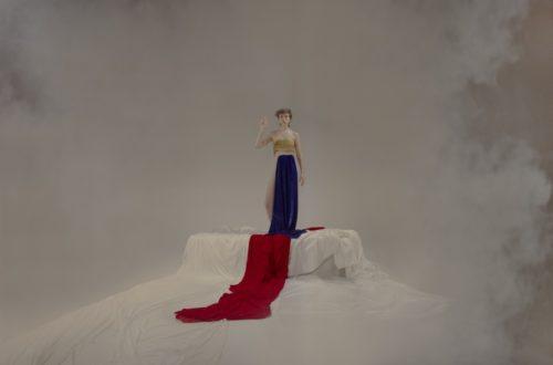 Ella: Ren Moro. Ley del espejo, cuerpo y mujer